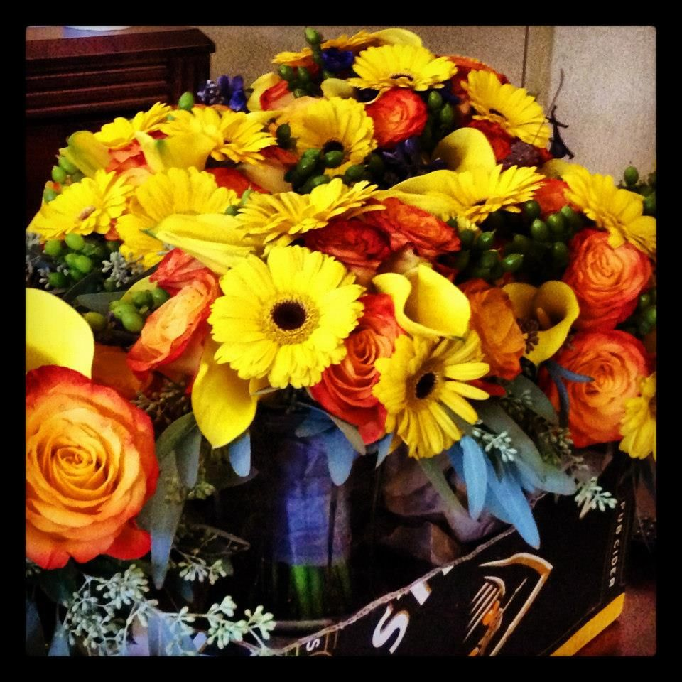 Wedding Flowers November: Show To Florist. Bridal Bouquet Sample, Not As Much Yellow