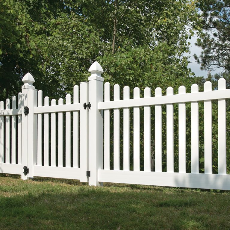 Lennox 4x8 Vinyl Picket Fence Kit Vinyl Fence Freedom Outdoor Living For Lowes White Vinyl Fence Vinyl Fence Panels Vinyl Picket Fence