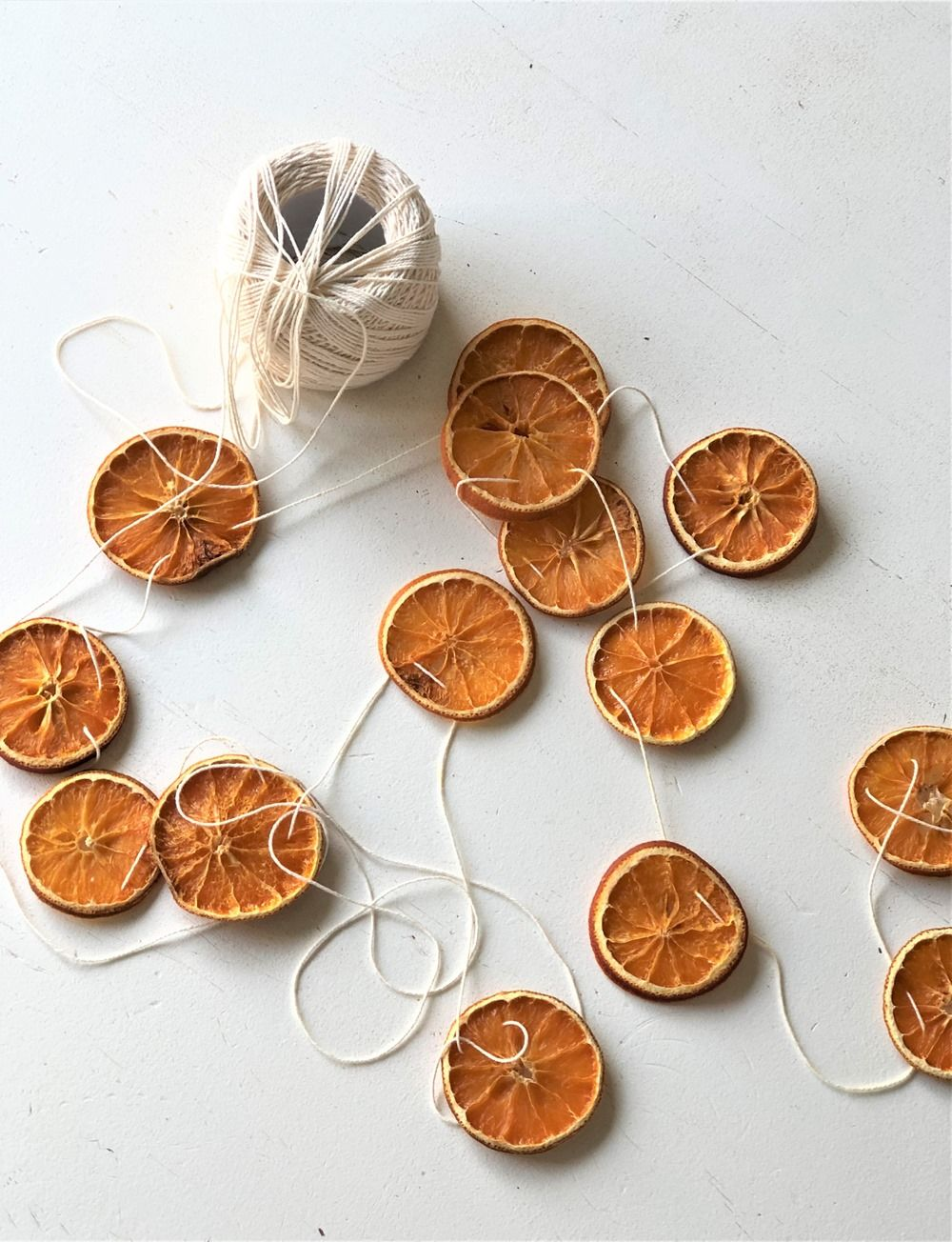 A Simple, Natural Christmas Decoration DIY Dried Orange