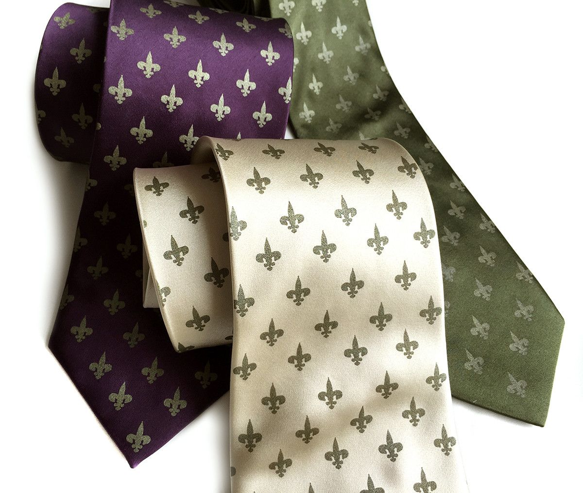 Fleur-de-lis silk necktie