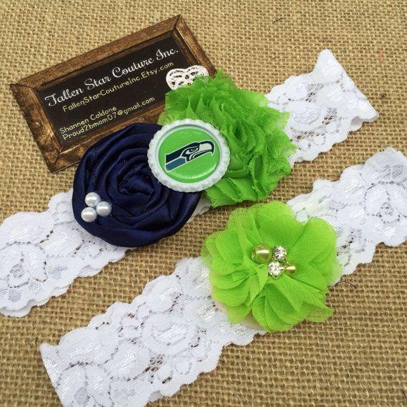 Wedding garter / Seattle garter Seahawks / wedding  garter SET / bridal  garter/  lace garter / vintage lace garter