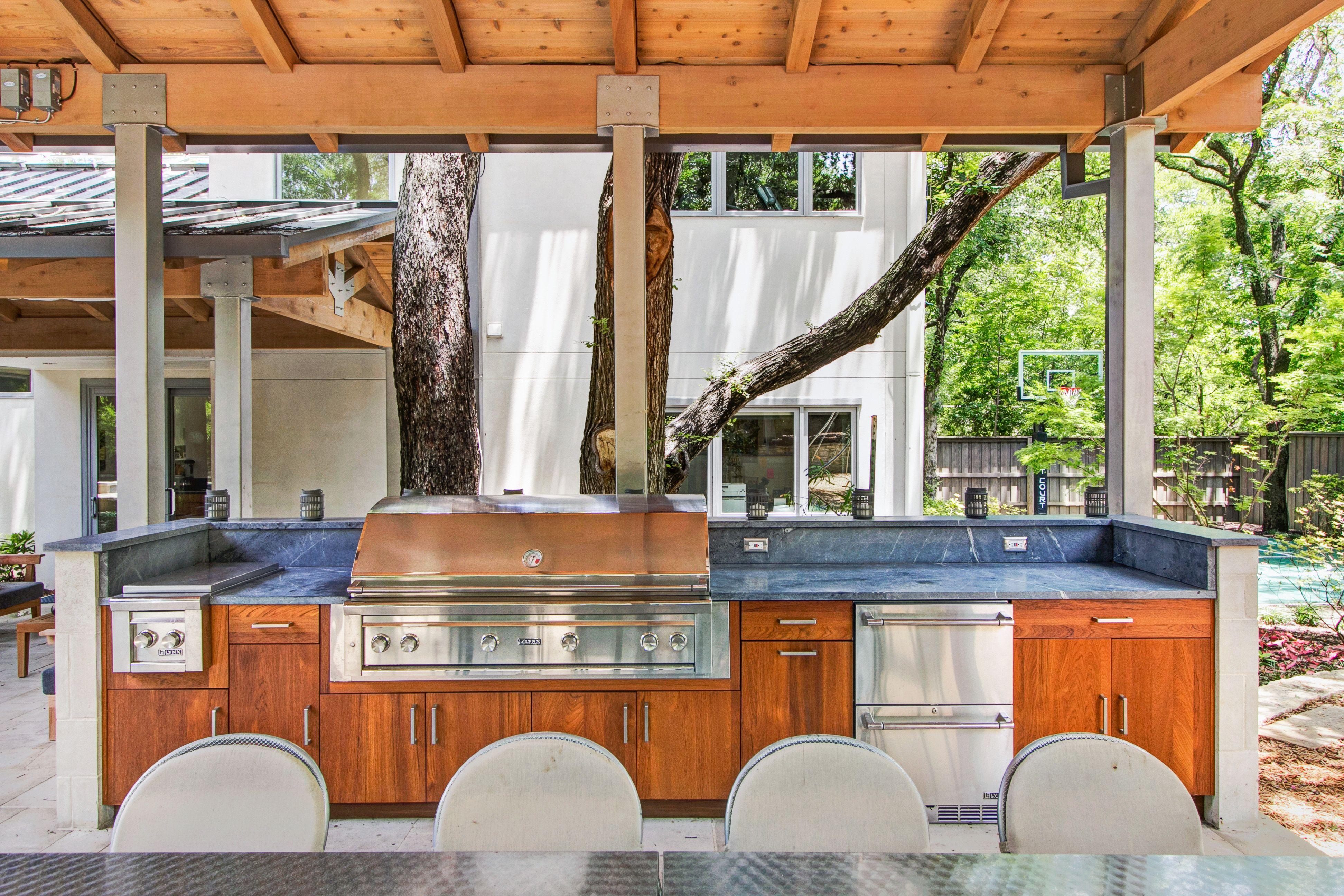 Teak Cabinets With Slab Door Lynx 54 Grill Double Side Burner And Drawer Fridge North Dallas Wildwood Outdoor Kitchen Design Kitchen