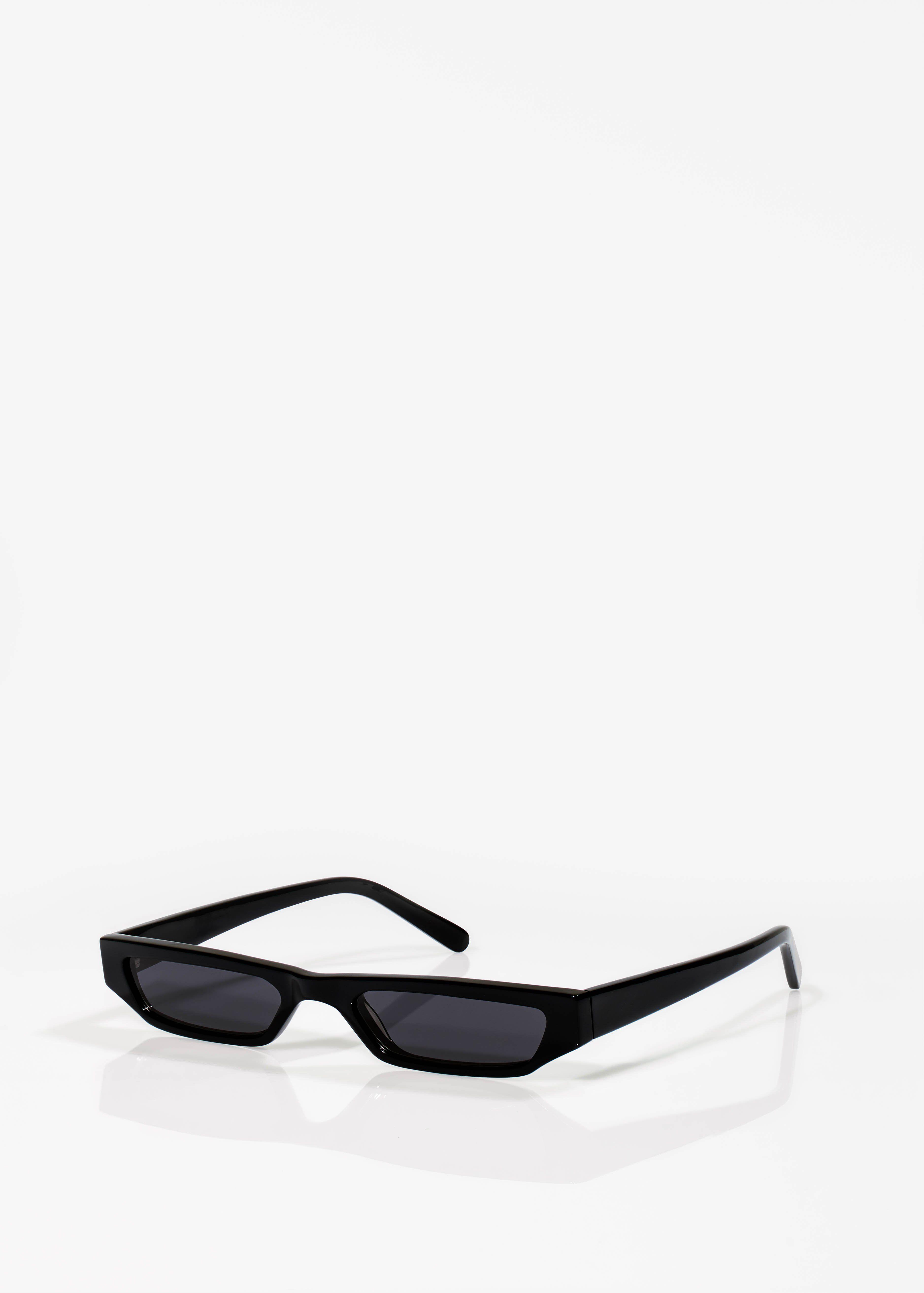64f87fb3042 CMMN SWDN x Ace   Tate Jet Black Pris Sunglasses