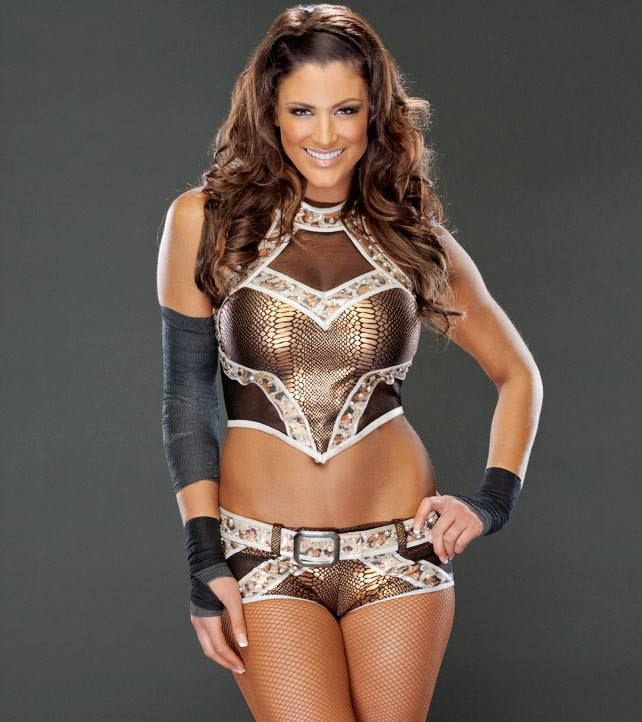 Wwe Diva Eve Torres Fakes