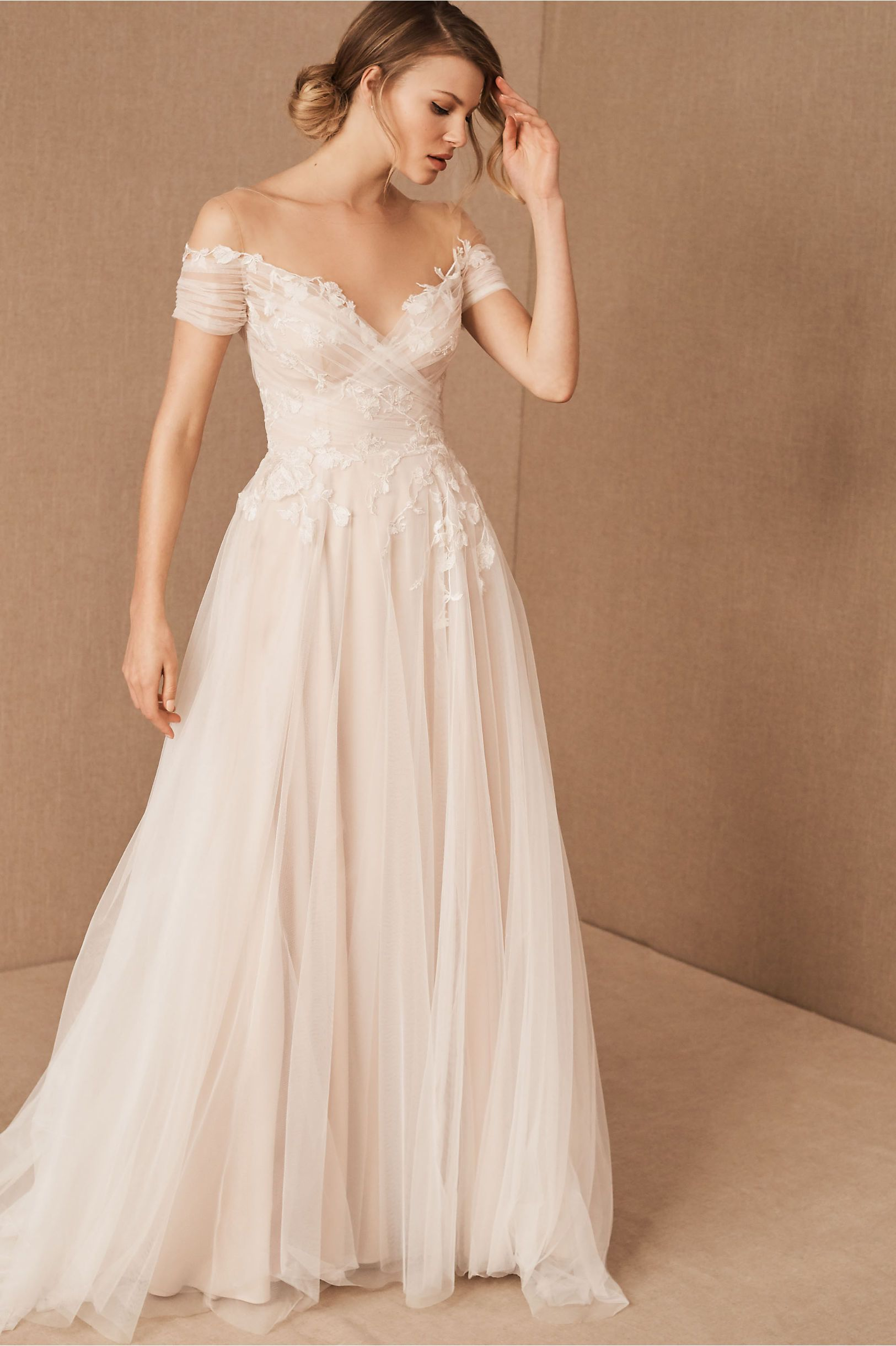 Willowby By Watters Katara Gown In 2020 With Images Wedding