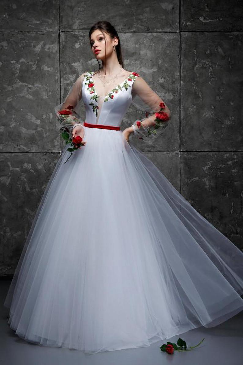 White Bridal Gown With Red Roses 3d Flowers Dress Unusual Etsy Casual Wedding Dress White Bridal Gown Unusual Wedding Dresses [ 1191 x 794 Pixel ]