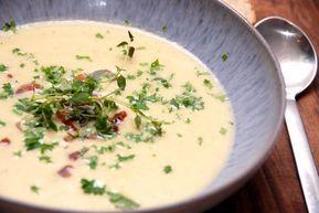 Hvidkalssuppe Cremet Suppe Med Hvidkal Madens Verden Opskrift Madopskrifter Mad Og Drikke Mad