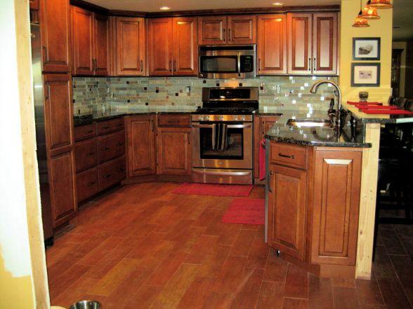 Kitchen Backsplash With Maple Cabinets Uurphxxx: Shaker ...