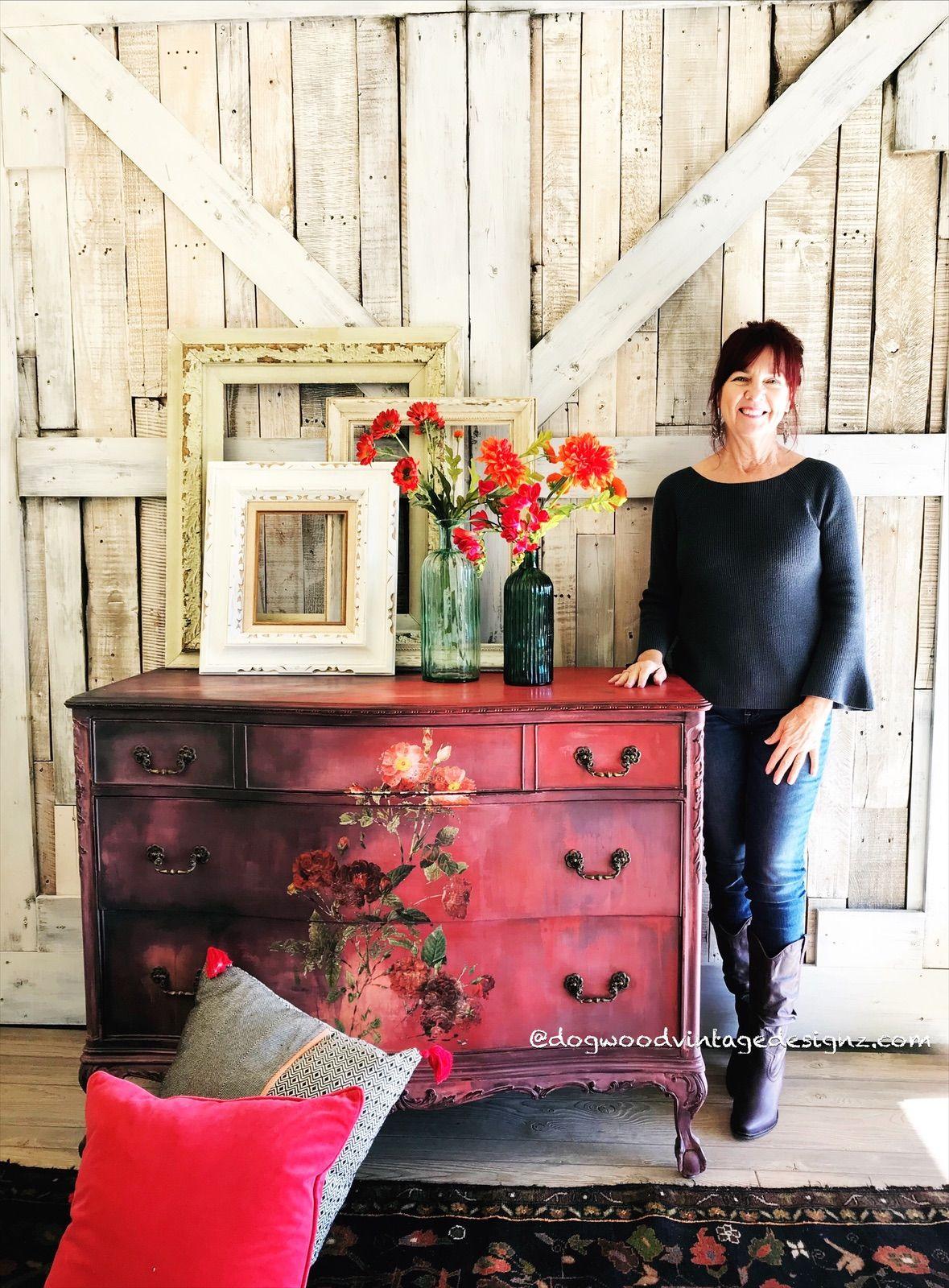 #rusticelegance #art #furniturepainting #handmade #classy #shopsmall #interiors #rustic #furnitureflip #farmhousedecor #frenchantiques #handpainted #refurbishedfurniture #reuse #diyhomedecor #woodworking #antiquefurniture #anniesloan #diypaint #paintedfurniture #chalkpaint #painteddresser #cottagestyle #frenchprovincial #colormovement #blendedpainting #lovemyjob #georgiagirl #handcrafted #custommade