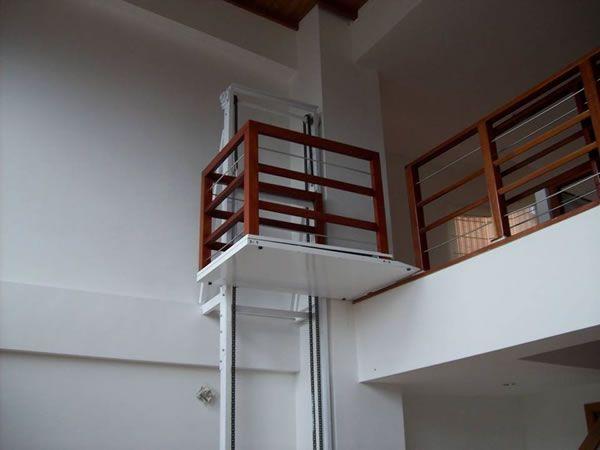 R sultats de recherche d 39 images pour montacargas para for Sillas de escaleras para minusvalidos