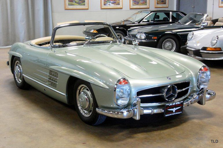 1961 Mercedes Benz 300sl Convertible With Images Mercedes Benz