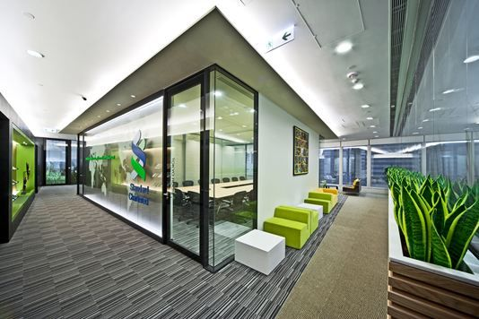 Standard chartered bank hong kong office spaces for Interior design office hong kong