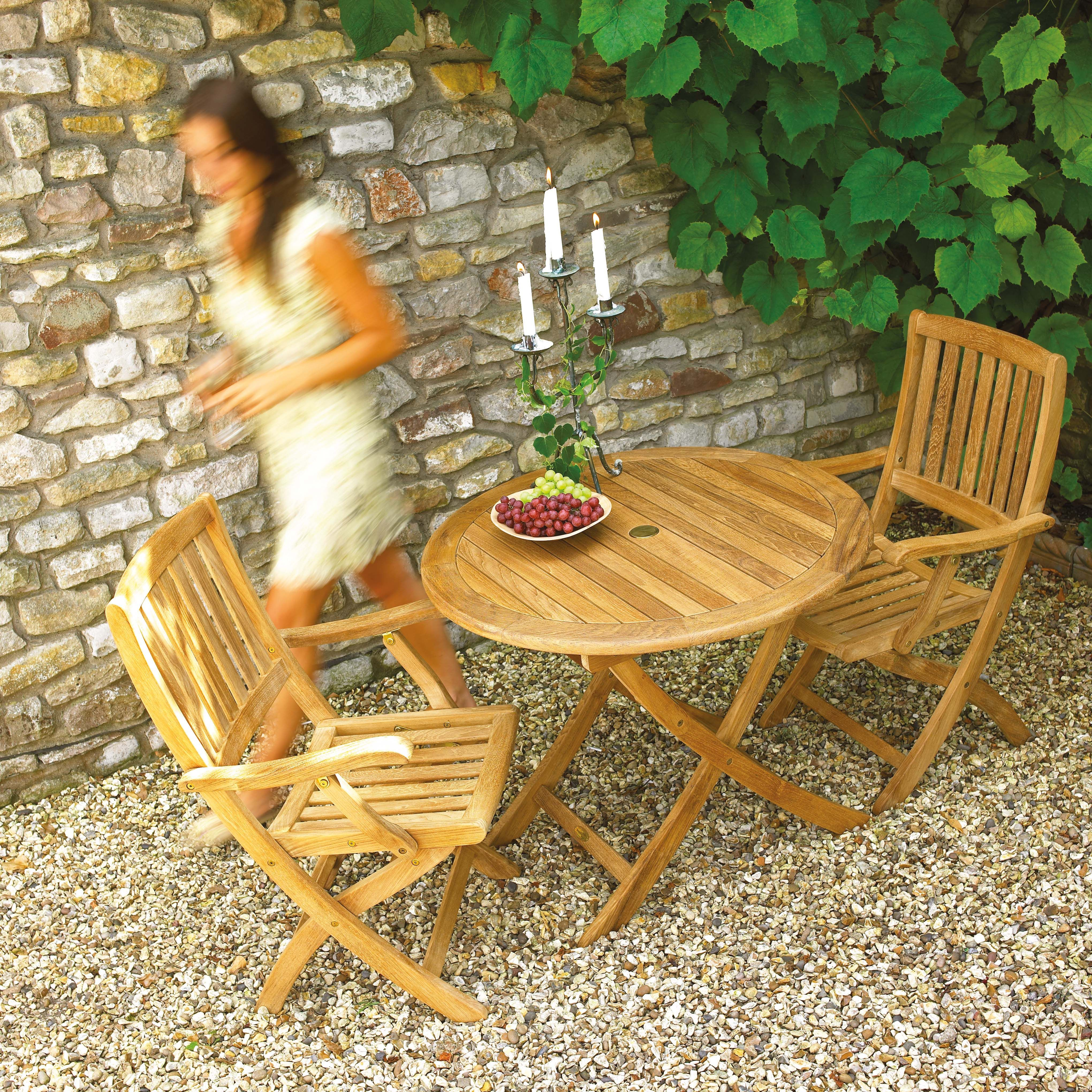 It Doesnu0027t Matter What Size Garden; Large Or Small, When It Comes To The  Outdoors And Garden Furniture, There Are Plenty Of Ways To Make It Fabulous. Photo Gallery