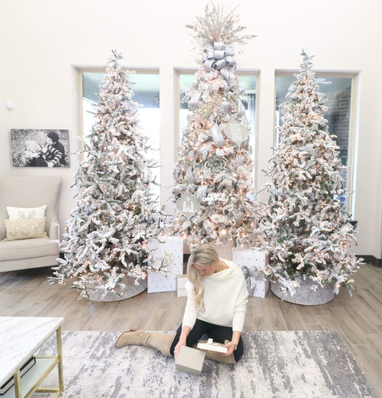 How To Decorate Your Christmas Tree Like A Pro Christmas Tree Inspiration Christmas Decor Diy Christmas Tree