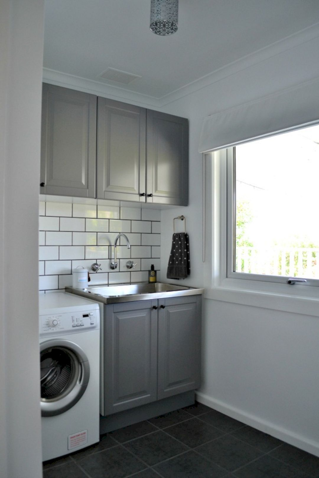 24 Best Laundry Room Design For Amazing Wash Room ... on Amazing Laundry Rooms  id=32258