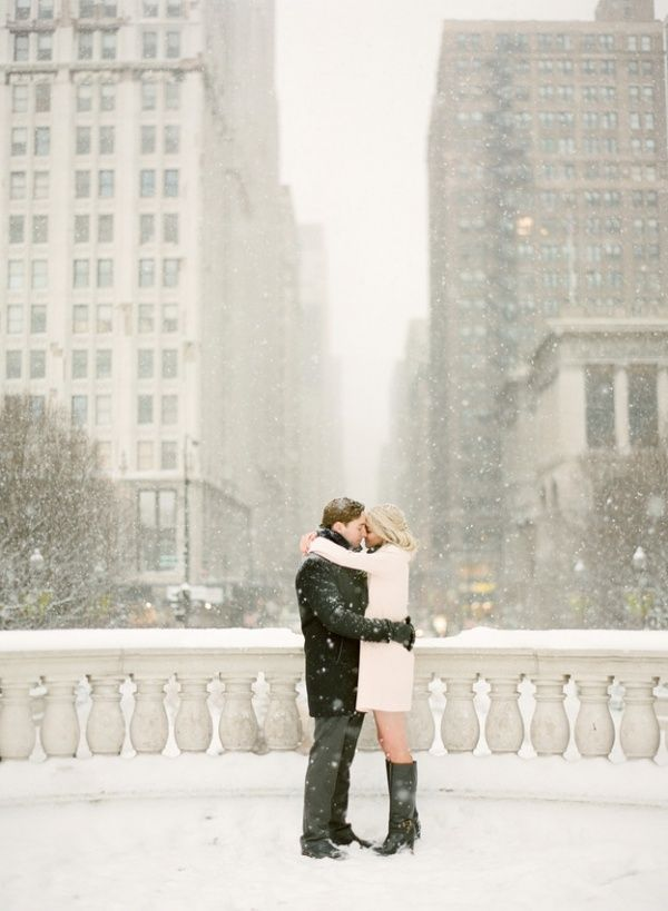 Cold Weather Engagement Photos Your Outfit Guide Winter Engagement Winter Engagement Photos Chicago Engagement