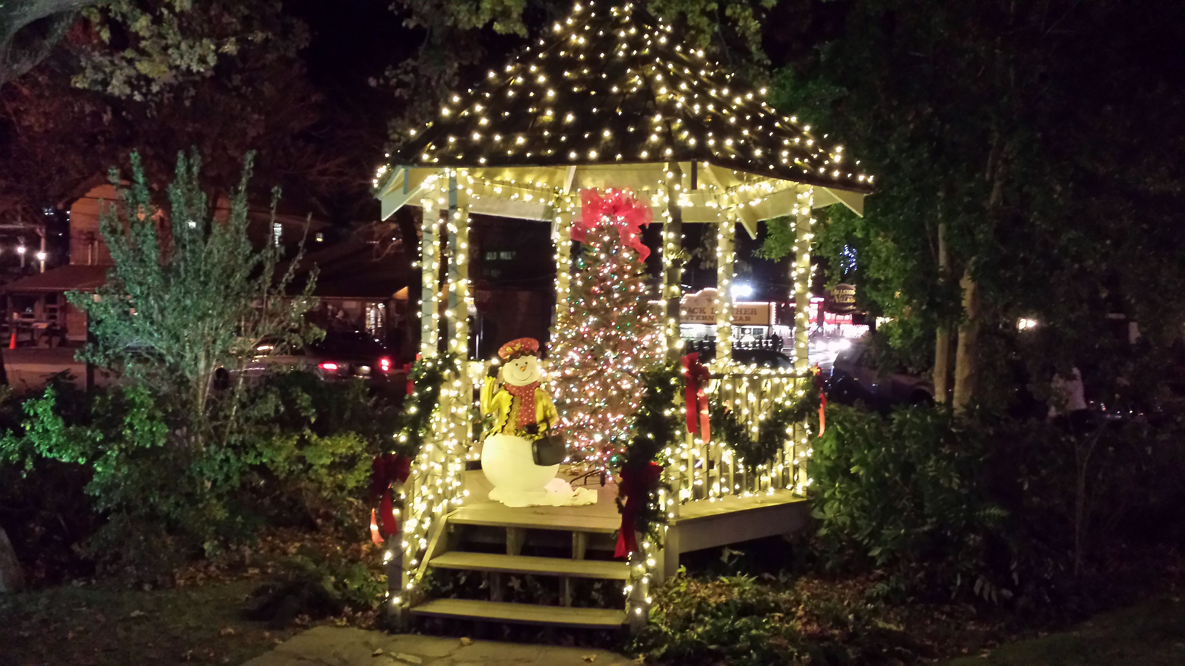 Photos Of Gatlinburg The Great Smoky Mountains Elk Springs Resort Gatlinburg Christmas Xmas Lights Gatlinburg