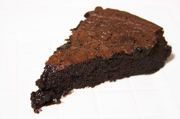 Cinco Quartos de Laranja: A tentação em forma de bolo de chocolate