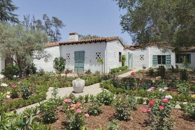 Paul williams designed spanish style home house of the day wsj spanishstylehomes also rh pinterest