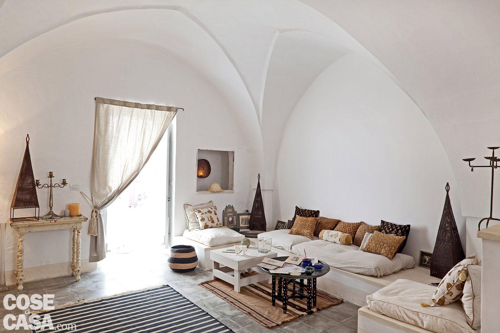 Una casa in pietra in stile mediterraneo acquario for Case in stile mediterraneo