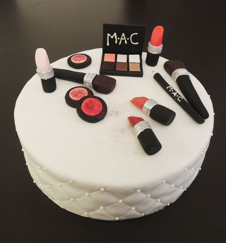 decoration gateau maquillage