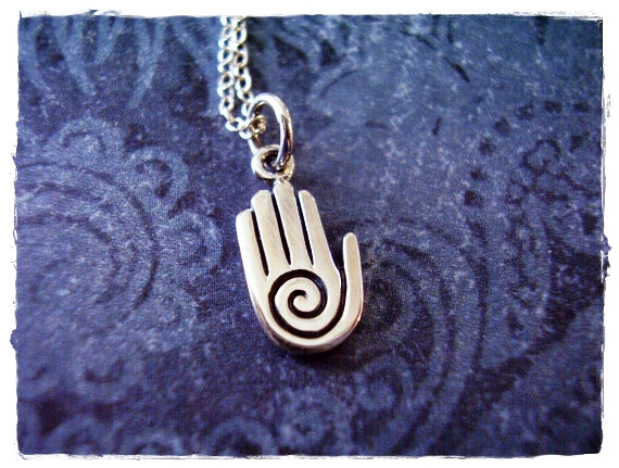 Hey, I found this really awesome Etsy listing at https://www.etsy.com/listing/224518026/silver-healing-hand-necklace-sterling
