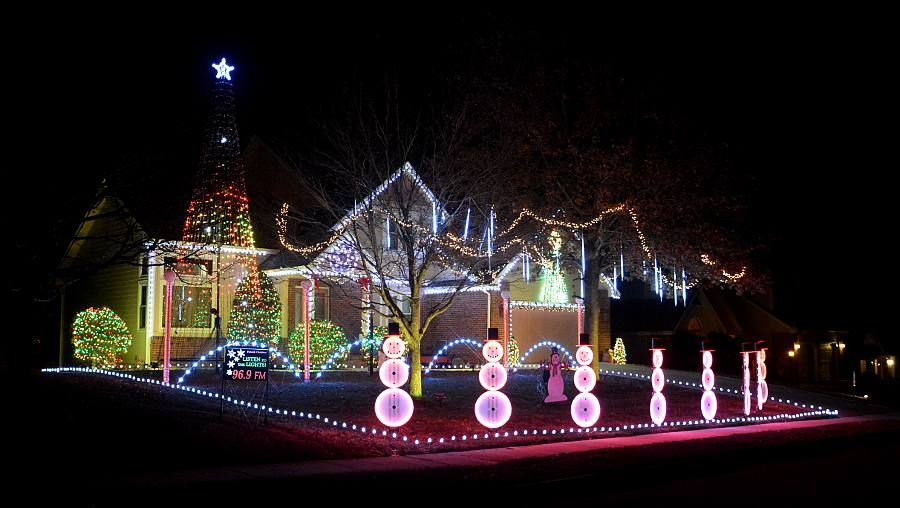 Gemmy Lightshow Christmas Lights 87 Count Led Shooting Star Icicle ...