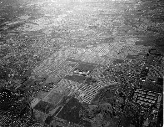 Beautiful And Terrible William Garnett S Lakewood With Images Lakewood Aerial Photograph Vintage Family Photos