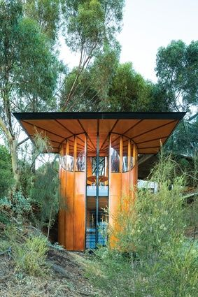 Towering Ideas Tree Top Studio Max Pritchard Architect Architectureau Two Stacked Circular Rooms Make Up The Studio Eco Architecture Tree Tops Architecture