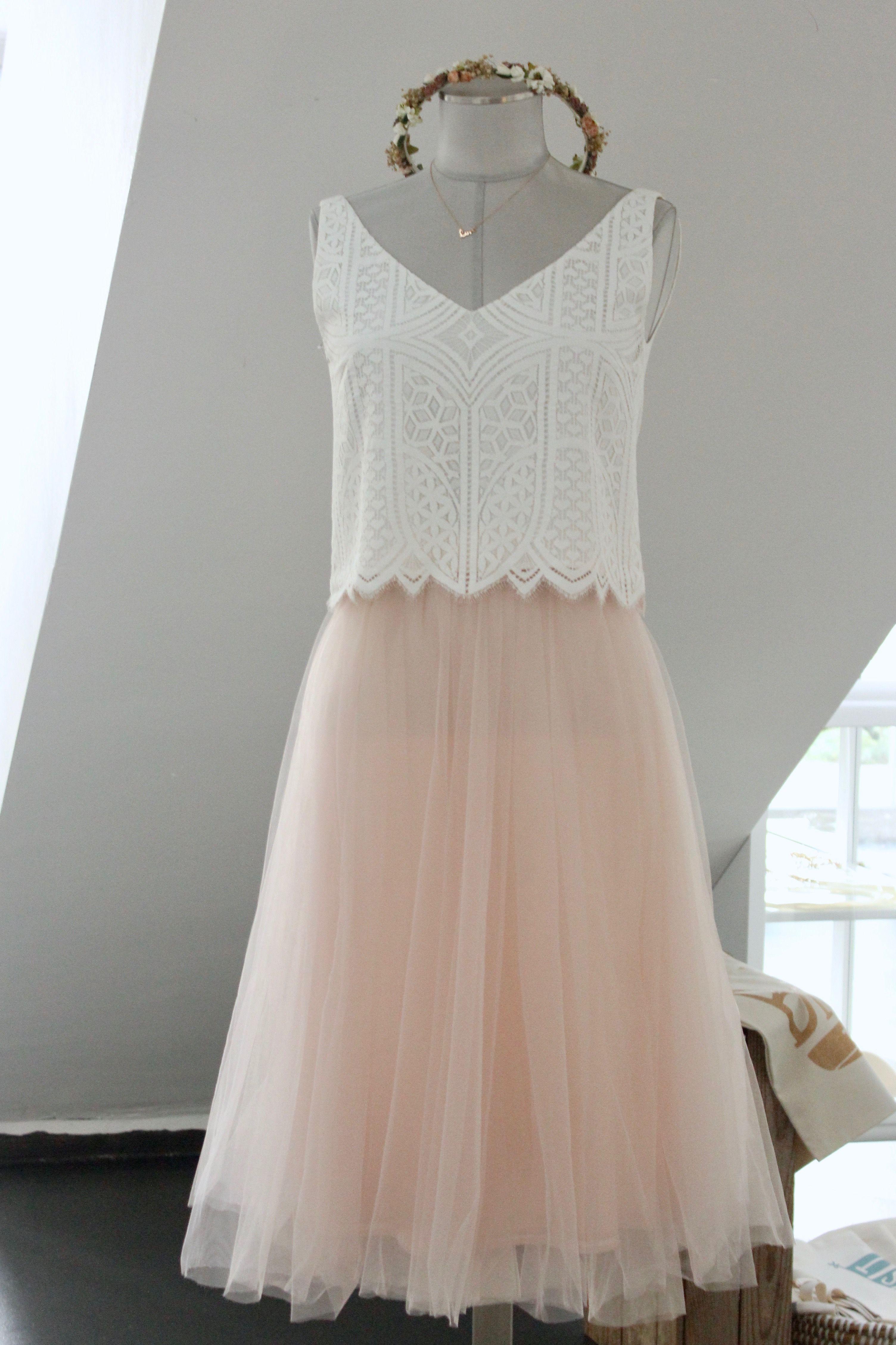 online retailer dd965 6a167 Moderne Brautkleider und kurze Standesamtkleider mit ...