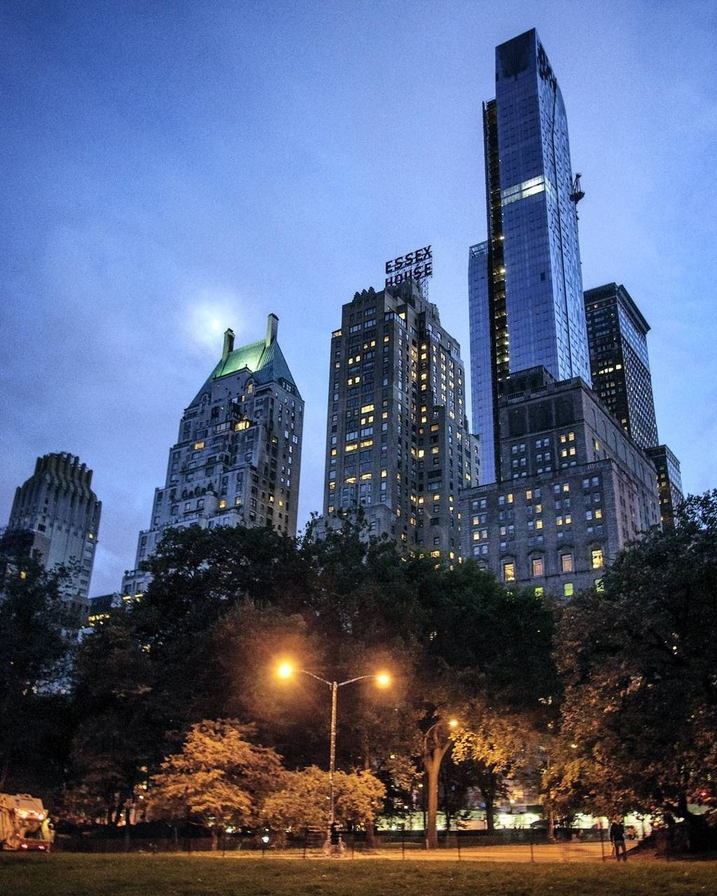 Central Park South By Chandle-like-candle Ekkor: 2018