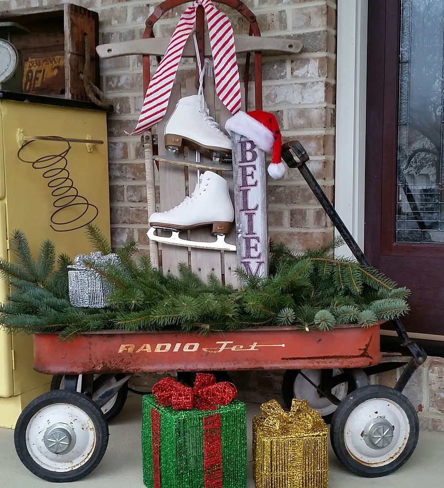 A Rustic Repurposed Recycled Vintage Christmas Front Porch