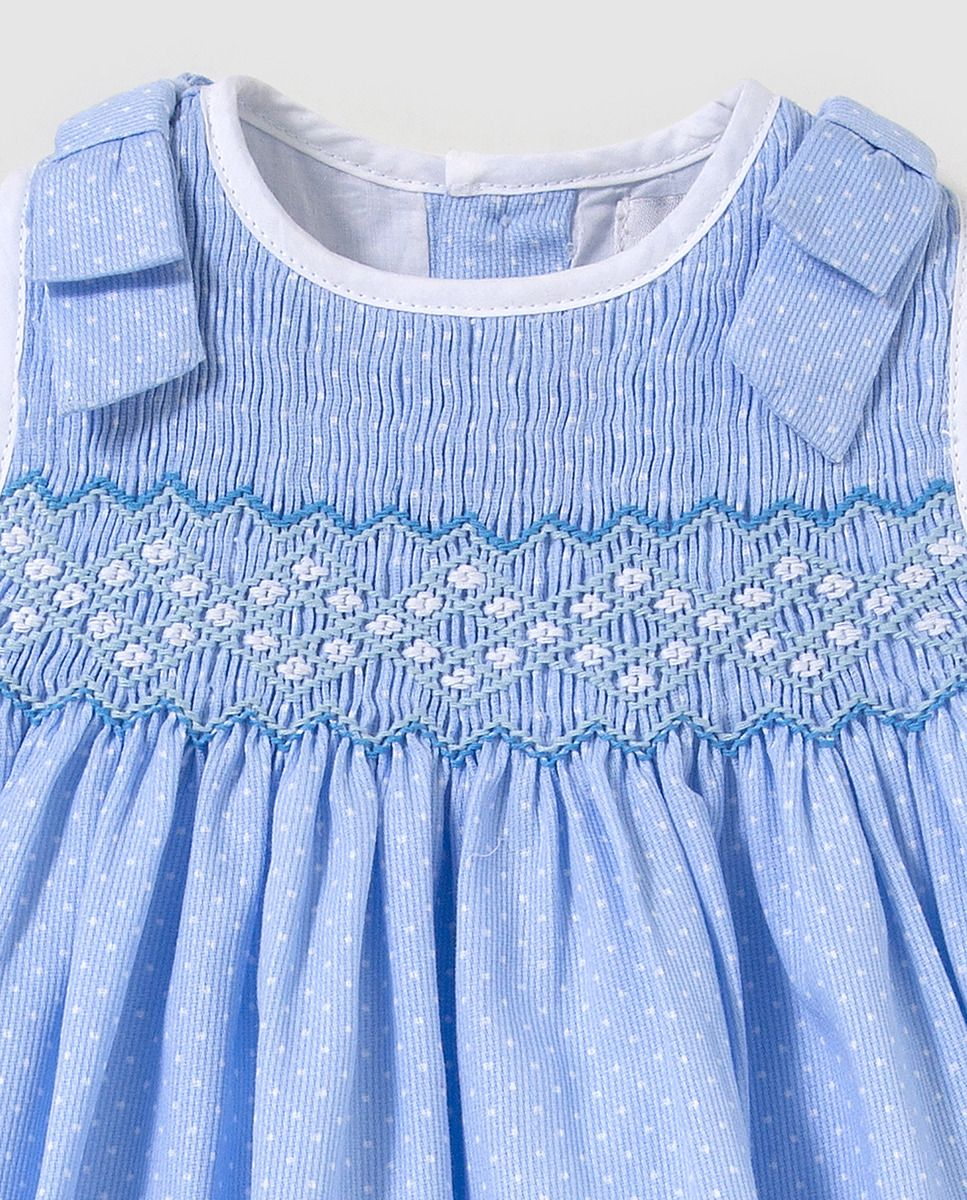 Vestido de bebé niña Dulces en azul con bordado smock · Dulces · Moda · El  Corte Inglés cd69c57130d1