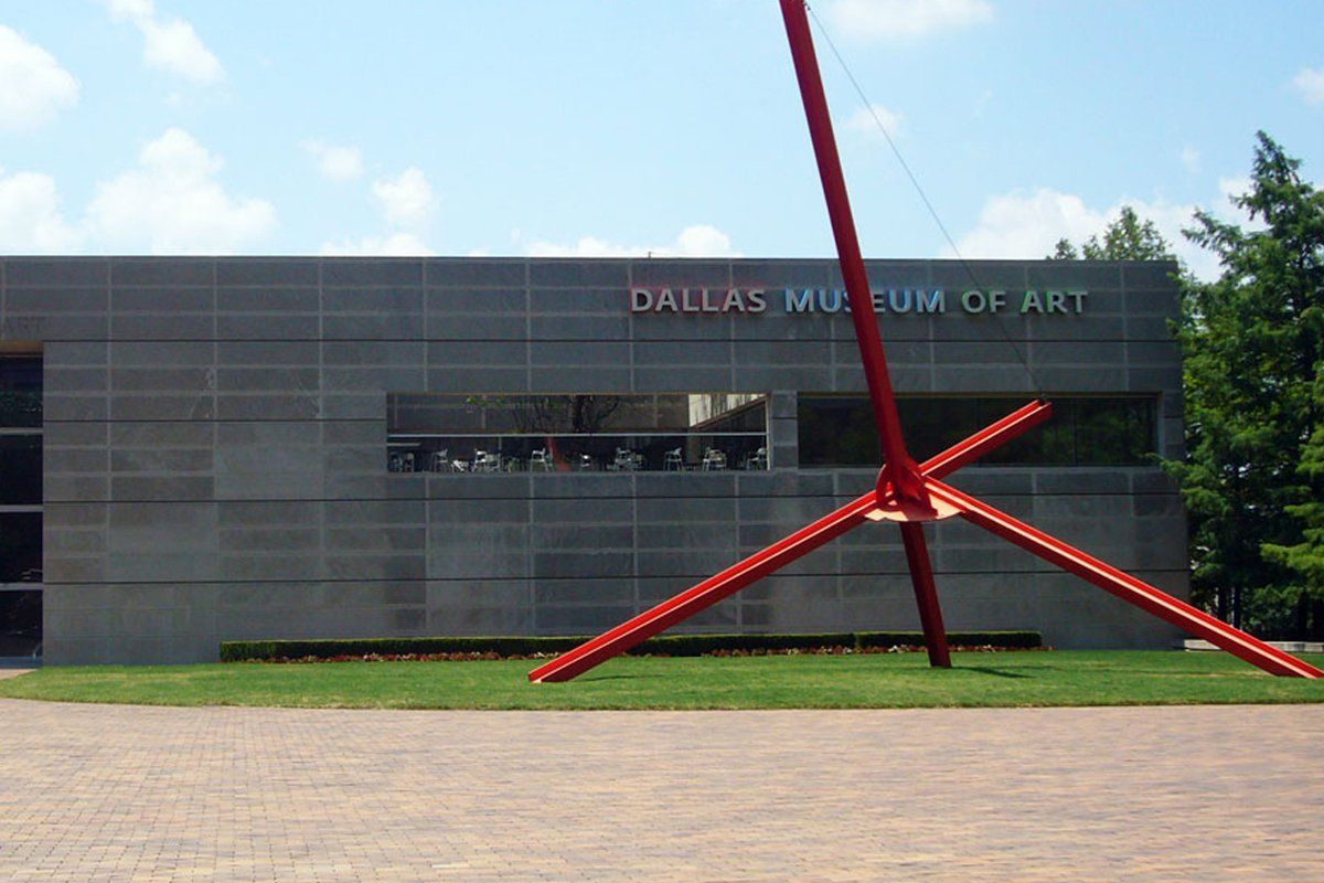 Dallas Museum Of Art Mysteriously Closes Sculpture Garden After Guy Skateboards On Art Dallas Museums Dallas Museum Of Art Art Museum