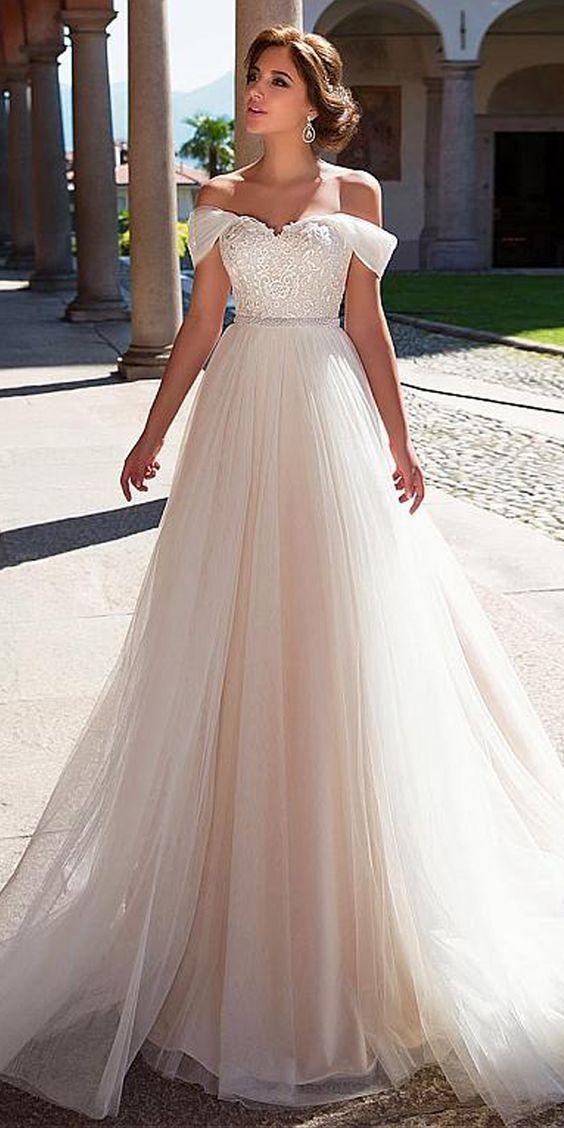 Applikationen Tüll A Line Brautkleid – Hochzeit und Braut