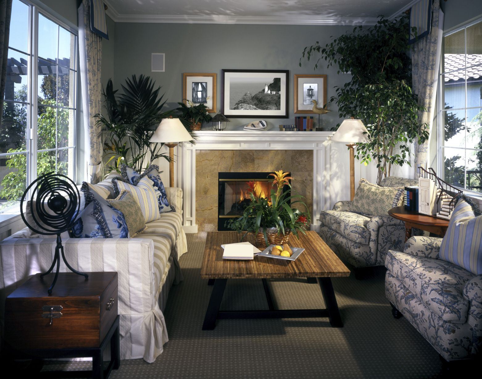 500 Beautiful Living Rooms With Fireplaces Of All Types Cozy Living Rooms Wood Fireplace And