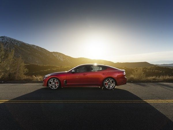 2018 Kia Stinger: Dawn of a new day - Kelley Blue Book