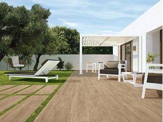Baldosas de exterior en pasta blanca imitaci n madera - Suelos piscinas exteriores ...