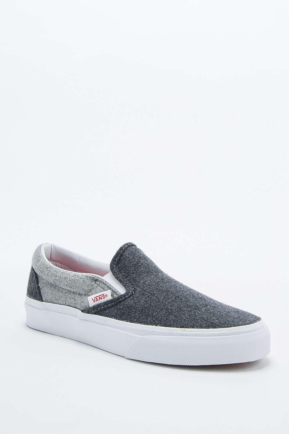 vans classic grey & white slip on shoe
