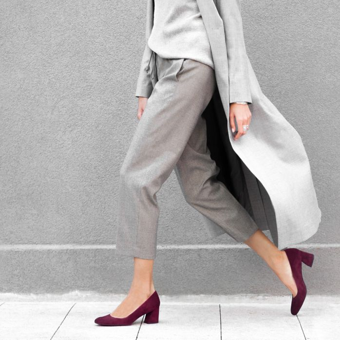00401b719f6 The MARYMID Pump in Bordeaux Suede