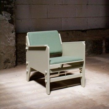 Fixed Lounger by Floris Hovers