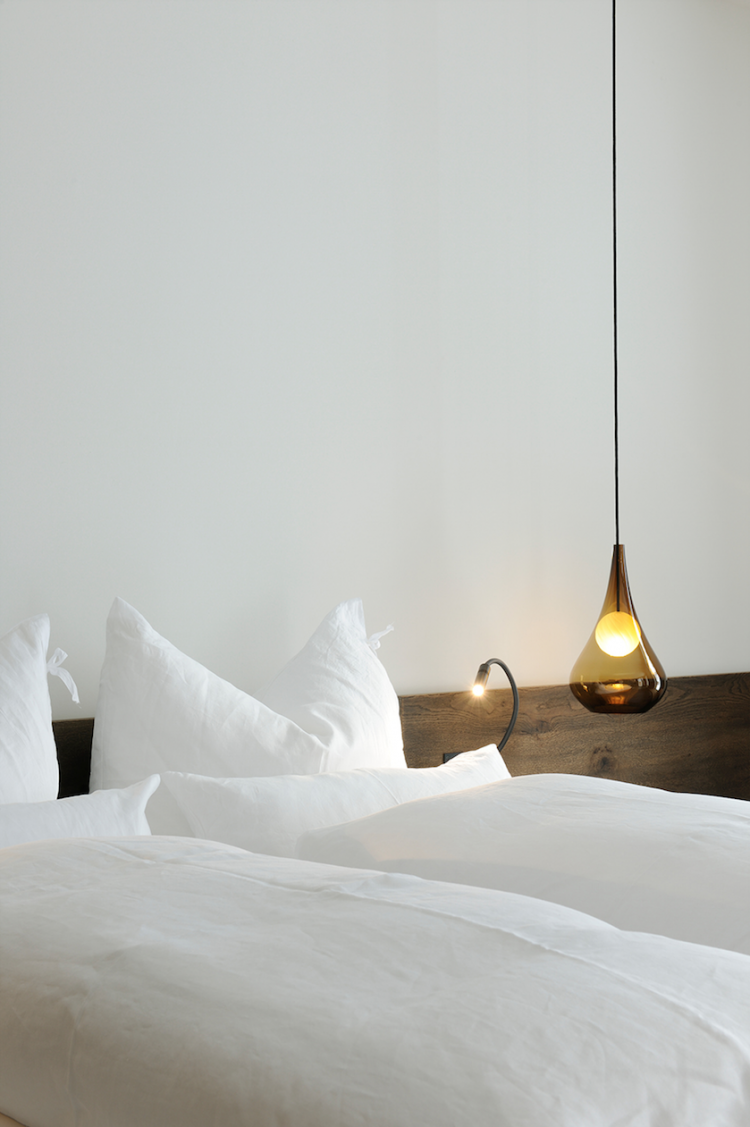 hotel wiesergut- love the bedding and the bedside lamp | bedside