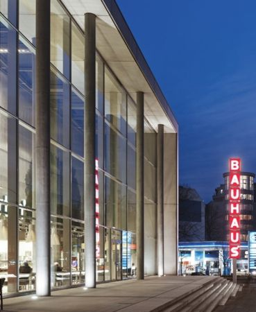 Bauhaus Berlin Halensee mit wintergarten und drive in baumarkt müller reimann in