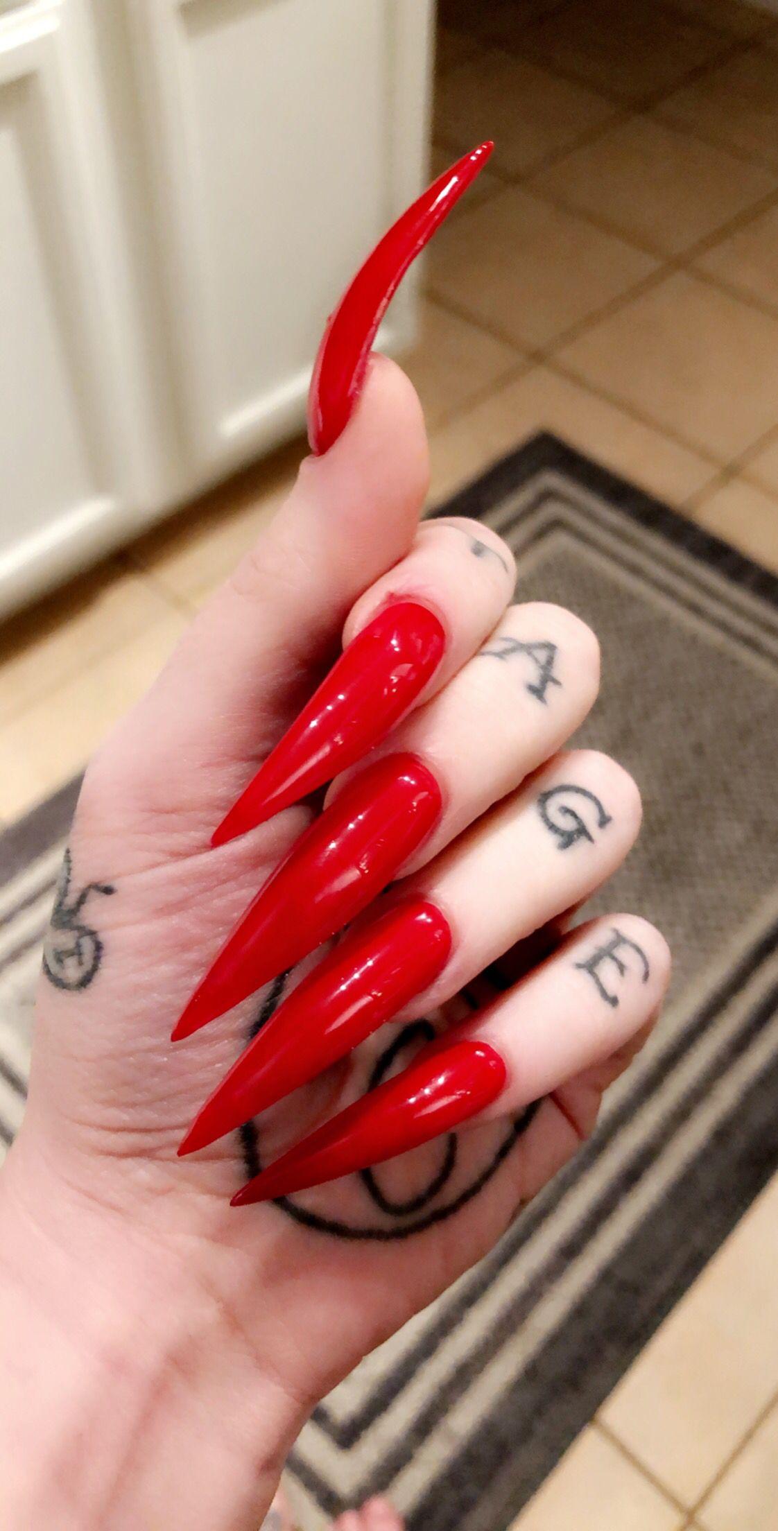 Pin By Ro Ro On Clawz Acrylic Nails Stiletto Long Stiletto