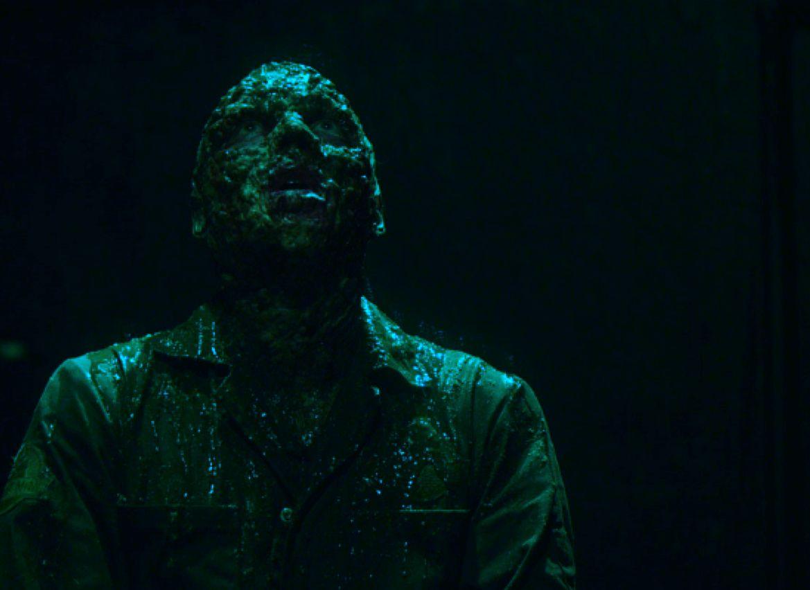 Whatta Man Whatta Man Whatta Mighty SEPTIC MAN http://leglesscorpse.us/?p=7317@jessethomascook #horror #reviews