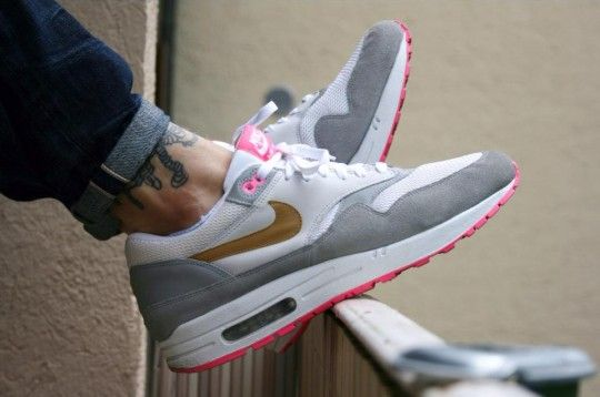 b1041ee230 ... Dominic Muller Nike Air Max 1 Pink Pack 540x358 ...