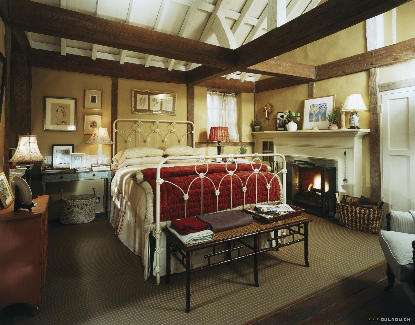 Bedroom of Rosehill Cottage in the movie  The Holiday. The Holiday   Holidays  Bedrooms and Movie