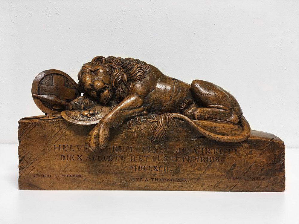 Large Black Forest / Brienz / Lucerne Lion of Lucerne Wood Carving ca. 1890 | eBay SOLD