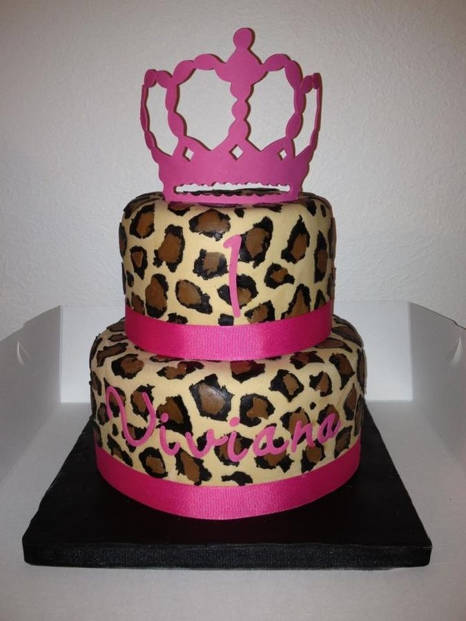 Leopard Cheetah Print Cake With Pink To Match Party Theme Crown On Top Is Gumpaste Cut Using Cricut Machine