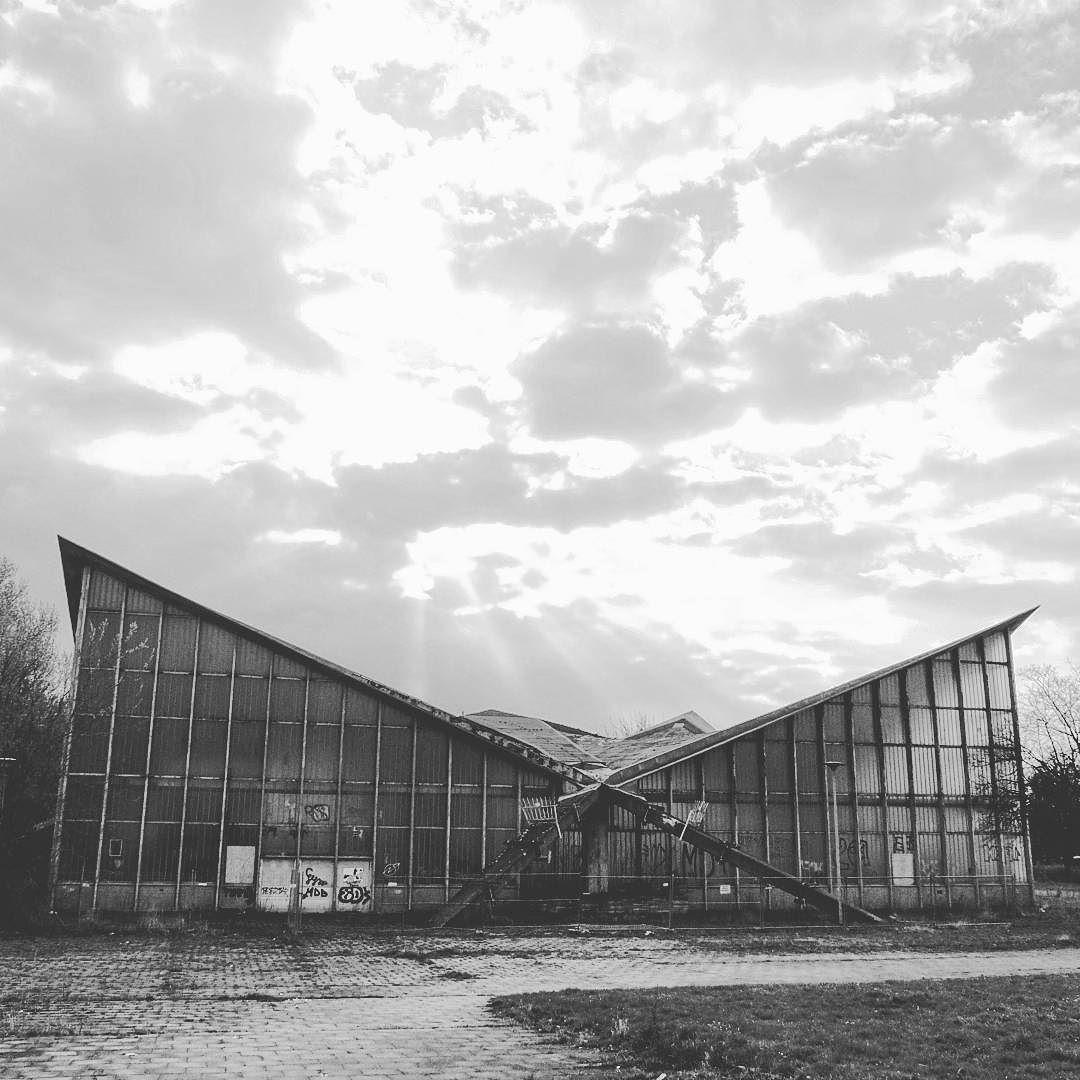 Architekt Magdeburg ein weiteres architektonisches werk in magdeburg die hyparschale